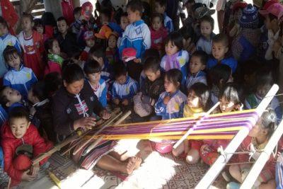 Bức tranh Phổ cập giáo dục mầm non cho trẻ 5 tuổi huyện Ngọc Hồi