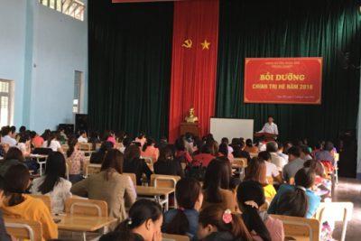 Phòng Giáo dục và Đào tạo mở lớp bồi dưỡng chính trị hè 2018