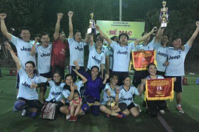 Bế mạc giải bóng đá mini Nam – Nữ chào mừng Ngày Nhà giáo Việt Nam 20/11: Các đội bóng của giáo dục xã Bờ Y chính thức đăng quang