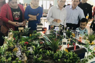 [VIDEO] Phòng GD&ĐT tổ chức trưng bày đồ dùng dạy học sáng tạo, đồ chơi tự tạo
