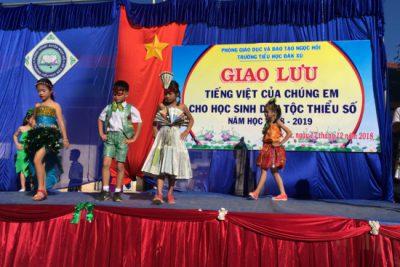 Học sinh DTTS Giao lưu Tiếng Việt của chúng em