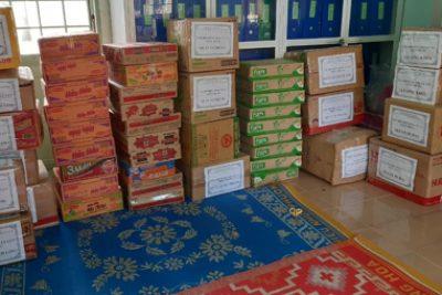 Ngành GD huyện vận động quyên góp ủng hộ đồng bào  miền Trung khắc phục thiệt hại  do thiên tai, bão lũ
