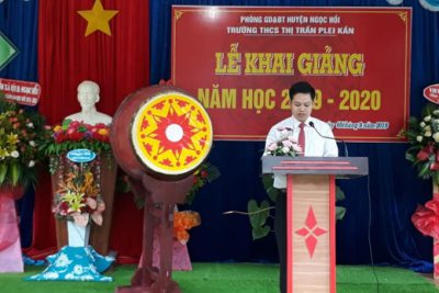 Trường THCS Thị trấn Plei Kần khai giảng năm học mới