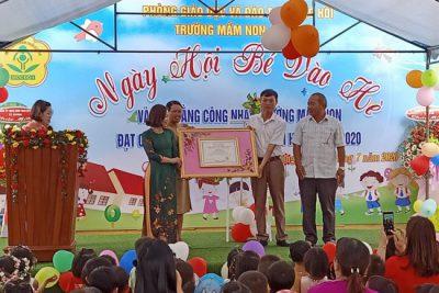 Trường MN Họa Mi tổng kết năm học và và đón bằng công nhận trường đạt chuẩn Quốc gia mức độ 1