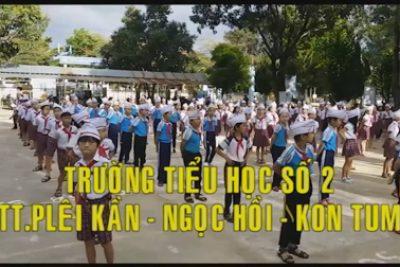 """Trường TH Số 2 TT Plei Kần đưa """"Hát múa sân trường"""" vào hoạt động của học sinh"""