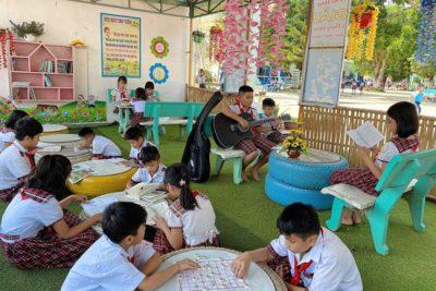 """Trường Tiểu học Số 2 thị trấn Plei Kần xây dựng mô hình """"Thư viện xanh"""""""
