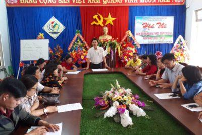 Trường THCS Nguyễn Huệ  tổ chức hội thi đồ dùng dạy học tự làm cấp trường năm học 2018-2019