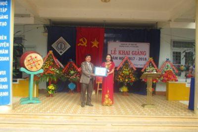 Chùm ảnh học sinh tiểu học huyện Ngọc Hồi khai nô nức khai giảng năm học mới 2017-2018