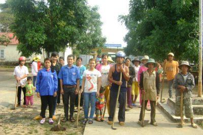 Phát triển kinh tế gắn liền với phát triển trình độ học vấn của đồng bào dân tộc thiểu số ở xã Saloong