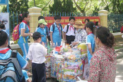 Tăng cường kiểm tra, giám sát an toàn thực phẩm và chất gây nghiện trong  các trường học
