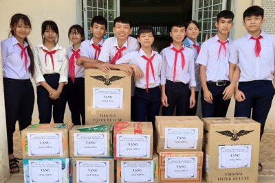 Trường THCS Thị trấn Plei Kần chung tay ủng hộ đồng bào miên trung bị thiên tai