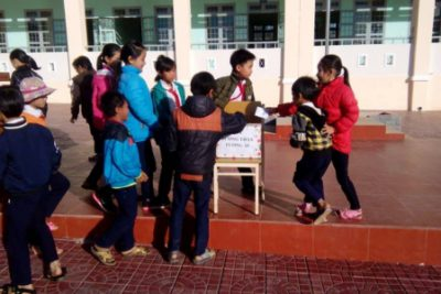 Chung tay giúp đỡ học sinh nghèo